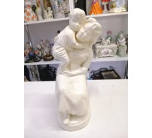 Mom and child plaster cast